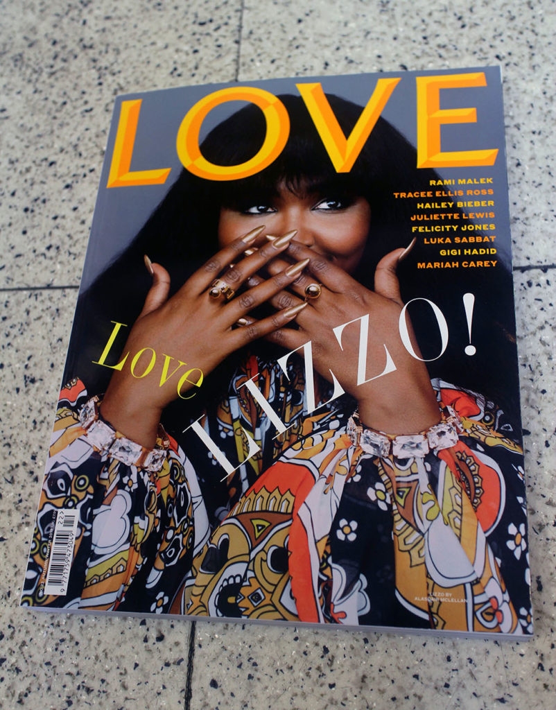 """IN """"Camden News"""" store to see """"love"""" magazine"""