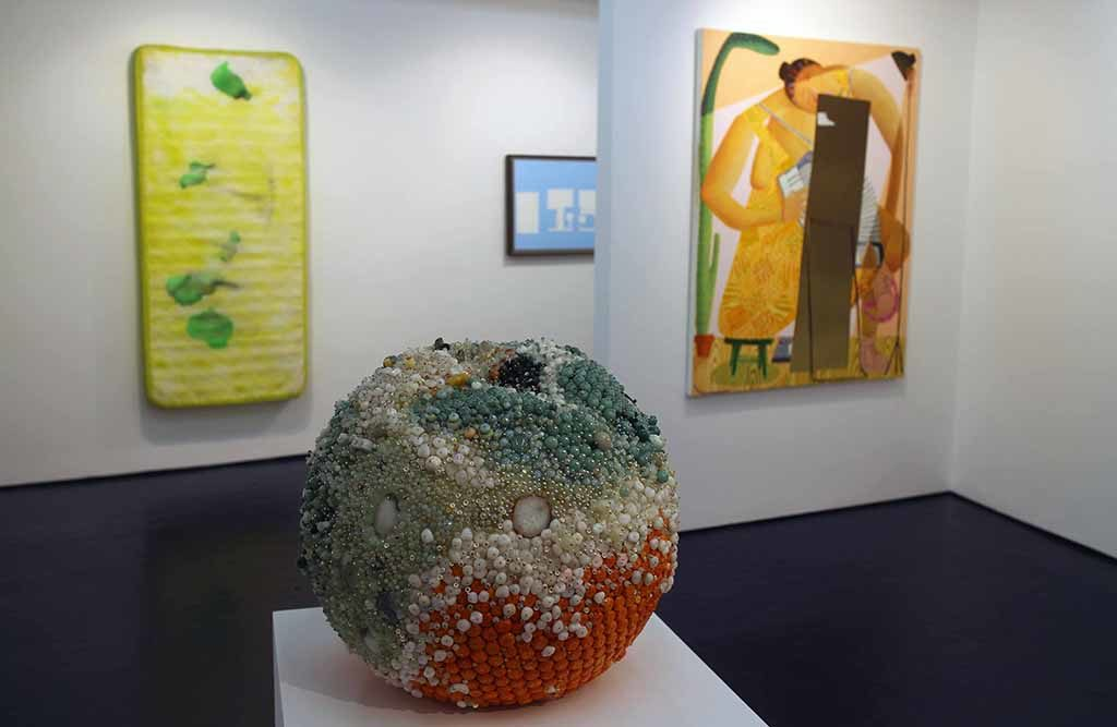 Josh Lilley…>opened in May 2009. The gallery was built around artists of its generation and people in the same bag: recent graduates; twenty-somethings; those who have lived around art their whole lives; idiosyncratic creatives locking into their mature voice.